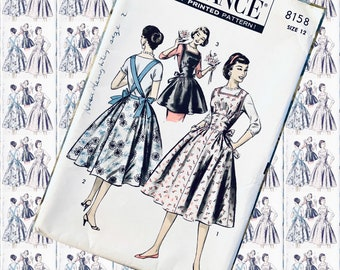 BUST 32 ADVANCE 8158 Apron dress Sundress  high waist ties in back bows pockets vintage sewing pattern