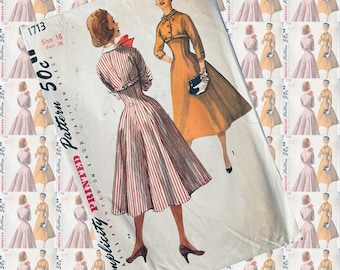 Simplicity 1713 sculpted shapely dress vintage sewing pattern