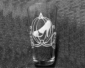 Cinderella's Slipper etched beer pint glass tumbler