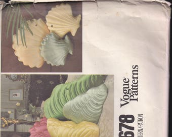Vogue 1678 Vintage Pillow Pattern, Shell, Butterfly, Rose, Leaves