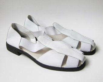 0df5fcd44539e2 Vintage 1990s Shoes   White Leather   Elastic Fisherman Sandals   Size 9  Women   9 Wide   Deadstock