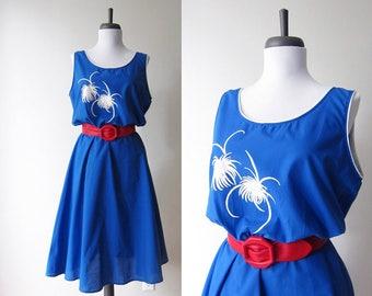 Vintage 1970s Dress / Cobalt Blue Summer Fireworks Print Full Skirt Tank Dress / Size Medium / Size Large