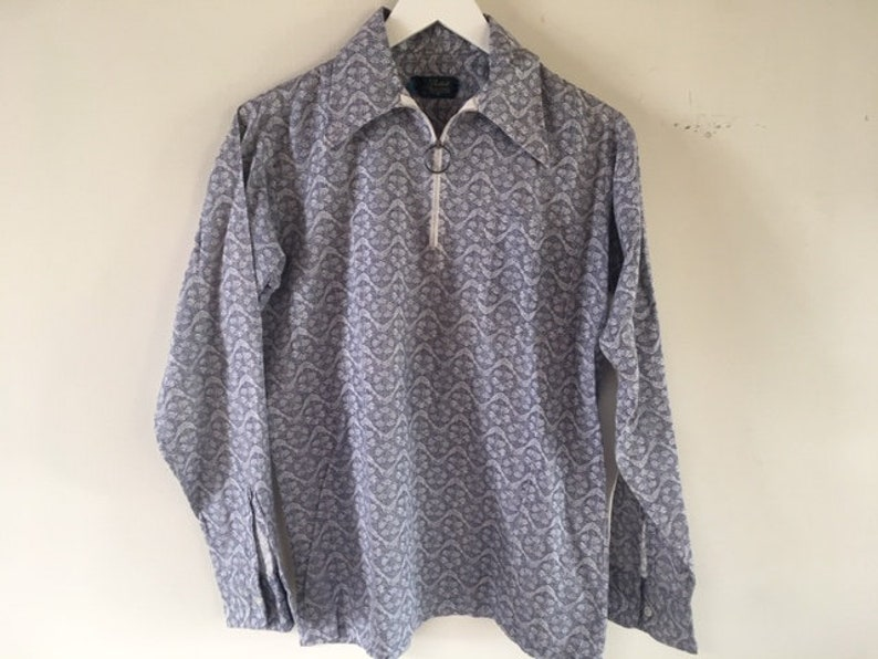 Vintage Young Men/'s Printed Pullover Shirt with Ring Zipper Neckline Navy and White