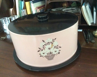 Pretty in PINK Wow CAKE TIN  locking lid ...vintage household kitsch