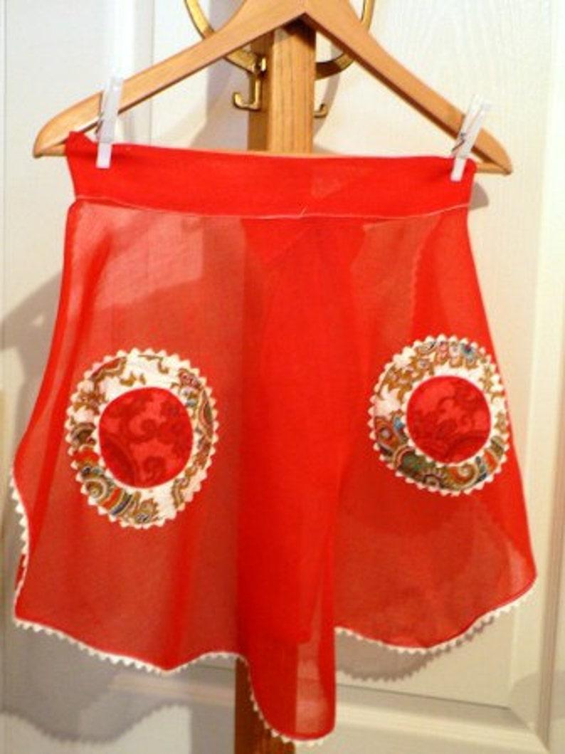 vintage apron ... RED Sheer RICRAC VINTAGE  Apron  ... image 0