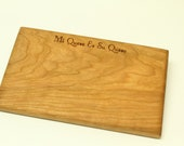 """Engraved Cheese Board - """"Mi Queso Es Su Queso"""" - Sustainable Black Cherry Wood. Timber Green Woods"""