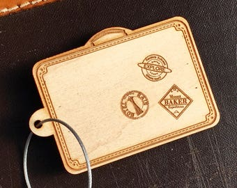 Wood Luggage Tag, Suitcase Tag, Vintage Inspired, Travel Lover Gift, Custom Luggage Tag