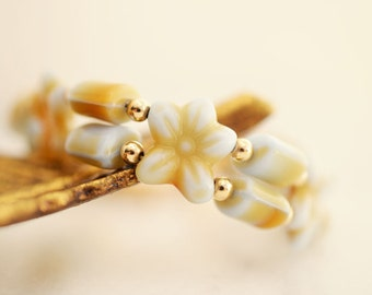 Yellow Bracelet, Beaded Flower Bracelet, Czech Glass