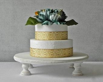 14 Inch Rustic Cake Stand Round Wedding Cake Stand Whitewash Wedding Vintage Wedding E Isabella Designs Featured In Martha Stewart Weddings