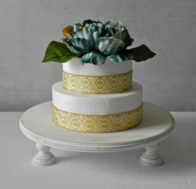 Cake Stand For Wedding 16 Rustic Wedding Cake Stand Country Farm Wedding Decor Rustic Whitewash Wedding Decor Round White Cake Stand