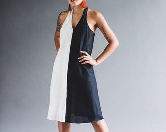 TwoTone Black & weiß mit V-Ausschnitt Midi Kleid (K04)