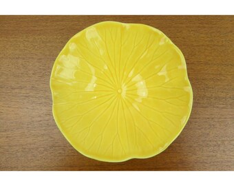Vintage Poppytrail Metlox Lotus - Coupe Cereal Bowl - Bright Yellow - 1976