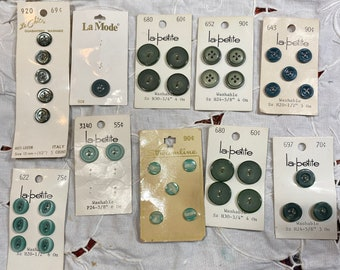 10 vintage button cards. Green buttons.