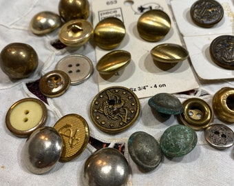 25 vintage metal buttons