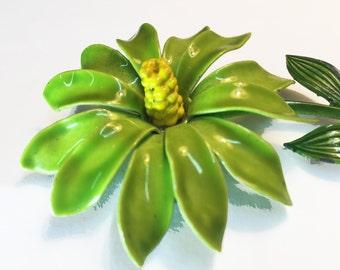 Vintage Enamel Flower Brooch - Green Enamel Flower Power Pin  -  Large Mod Flower Brooch -  50s 60s Enamel Green Flower Pin - R11