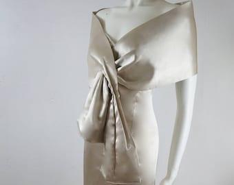Vintage Two Piece Beige Cream Strapless Formal Evening Wedding Dress and Bolero Set