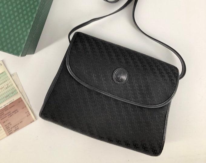 vintage 90s GUCCI black logo cross body cloth shoulder bag w/ gold hardware 1990s new in box