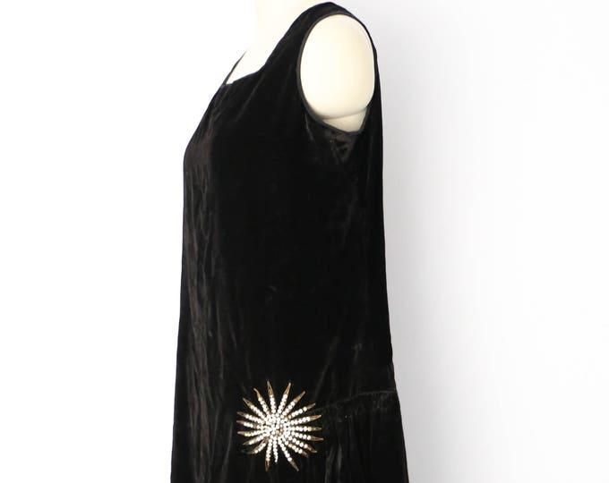 20s STARBURST Art Deco draped black velvet Flapper dress w/ metal rhinestone decoration 1920s vintage antique