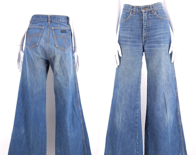 70s OZ JEANS denim high waisted bell bottom jeans 28 / vintage 1970s wide leg bells pants sz 28