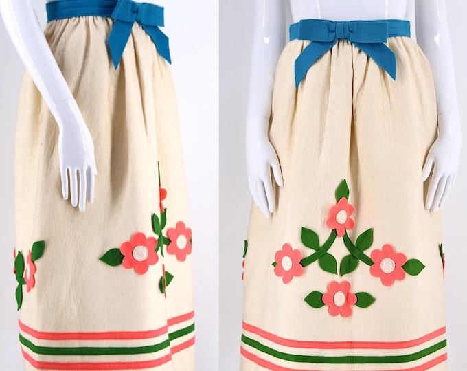 """60s I MAGNIN appliqué felt Spring skirt / vintage 1960s 3D floral bright fun dirndl sz S 25"""""""