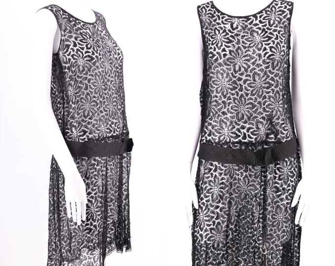 20s black lace dress / vintage 1920s Art Deco flapper dress antique late 20s early 30s M