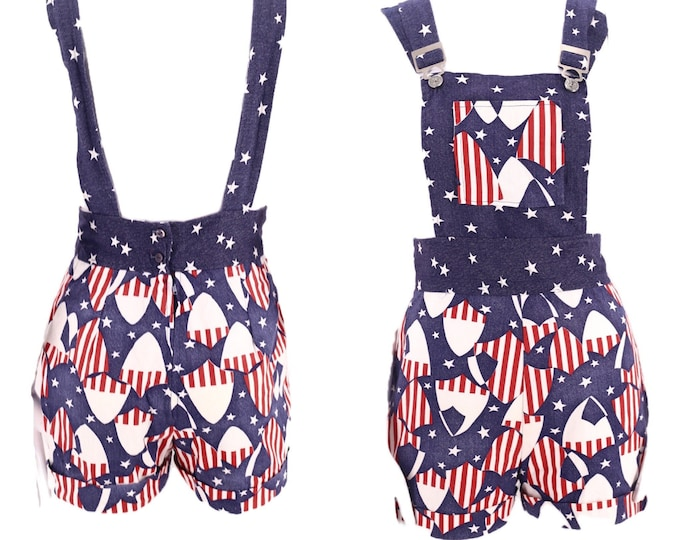 70s USA print cotton romper M  / vintage 1970s red white and blue flag glam rock overalls romper shorts early 70s Sz Medium