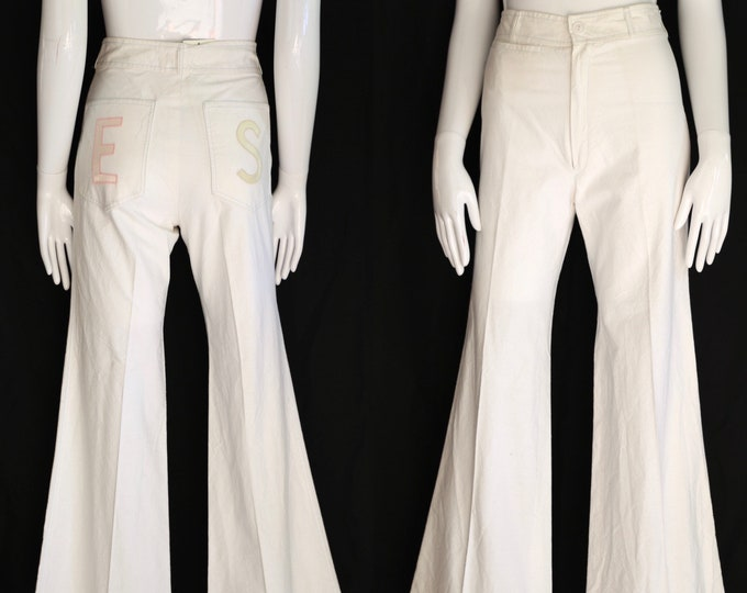 70s high waisted white cotton bell bottoms pants sz 28 / vintage 1970s appliquéd summer flares pants