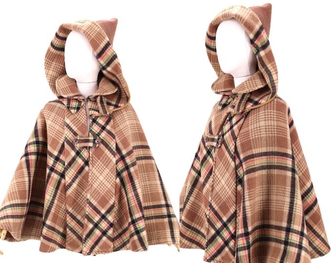 1800s Victorian golf cape / vintage 1890s plaid wool ladies sporting cape coat / rare antique mantle shawl Edwardian