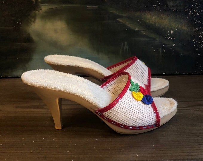 70s white mules size 6 / terry cloth vintage candies style slip on womens shoes 1970s