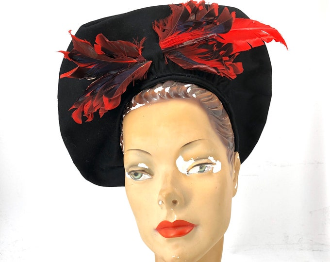 30s black felt exaggerated disc hat with feathers 40s
