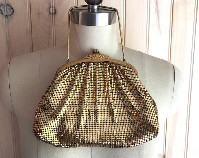 vintage WHITING & DAVIS gold mesh evening bag purse wristlet clutch 1940s