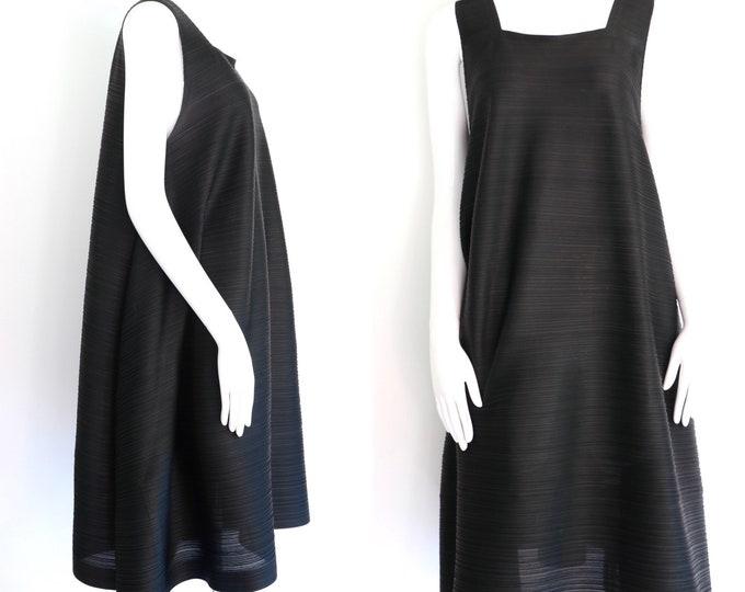 black PLEATS PLEASE dress / vintage  Issey Miyake poly crinkle pleat draped avant grade dress  L / 5