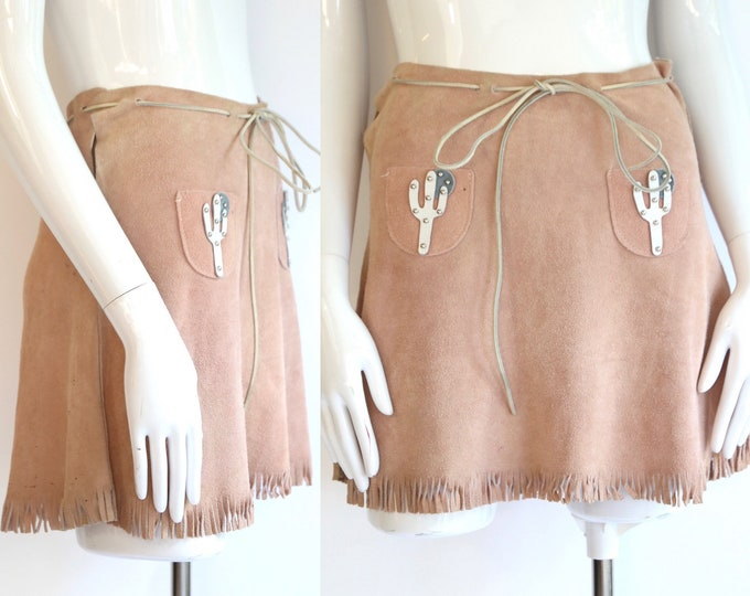 60s western suede mini skirt / vintage 1960s does 1940s cowgirl pale pink fringe skirt pin up size 4