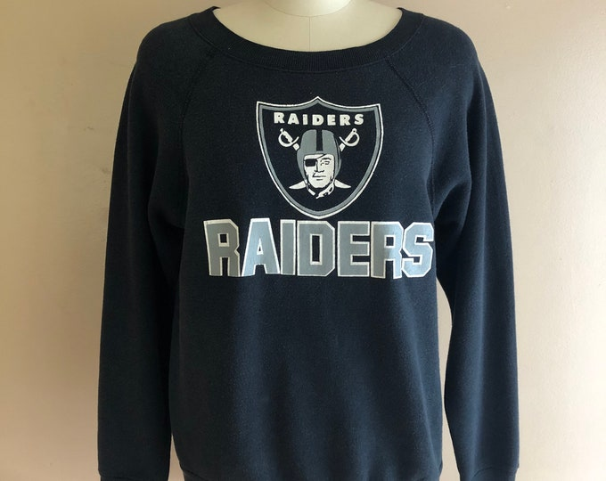 80s vintage LA RAIDERS soft black sweatshirt / 1980s Los Angeles football sports cotton fleece sweatshirt t shirt S-M