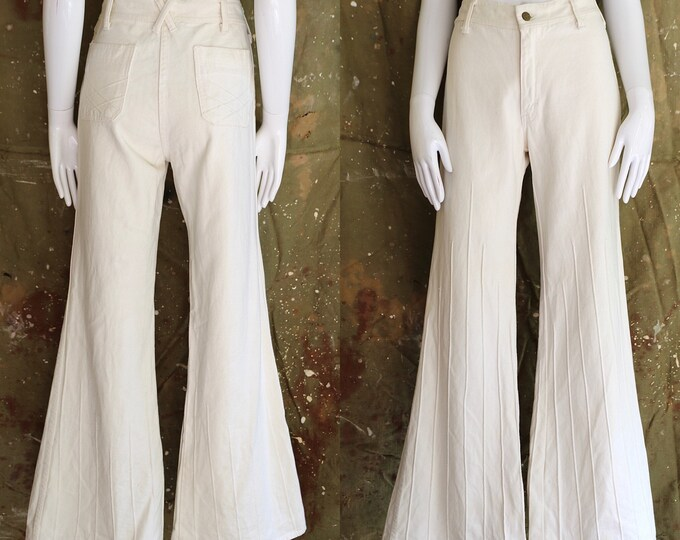 70s high waisted white seamed denim bell bottoms jeans sz 32  / vintage 1970s denim twill BRITTANIA flares pants sz L
