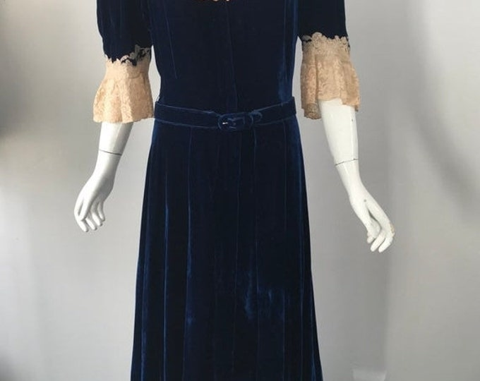 25% OFF 30s SILK VELVET sapphire blue zip front lace trim maxi trained dressing Gown dress 1930s vintage