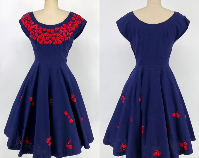 50s EMBROIDERED party dress in navy cotton with red flowers 26""
