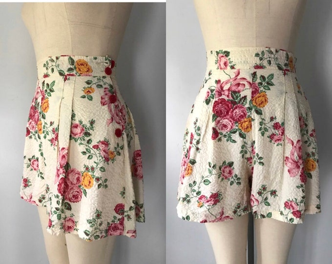 "40s floral shorts size 27"" / vintage hi waisted playsuit shorts cabbage rose print side button 1940s"