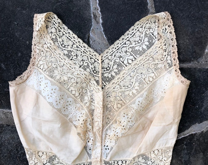 1915 EDWARDIAN cotton & lace camisole