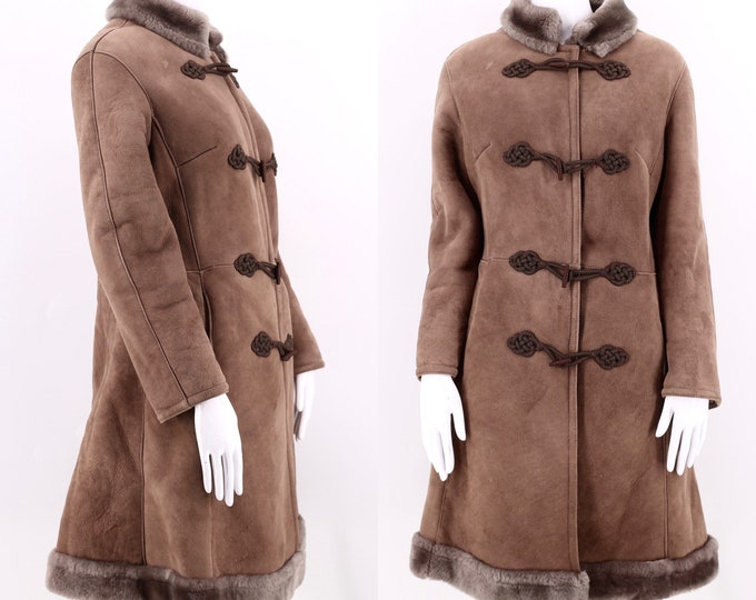 70s brown suede SHEARLING coat sz M / vintage 1970s 60s shearling fur trim frog closure seamed tailored COAT jacket