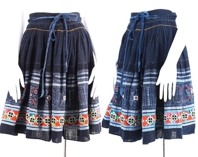 vintage HMONG Thai indigo dyed patchwork woven folk peasant wrap skirt 26-32 M-L