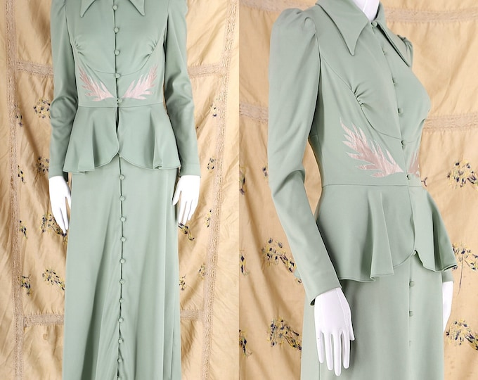 70s does 30s sage appliquéd maxi dress / vintage 1970s  California 30s laurel leaf evening gown poly