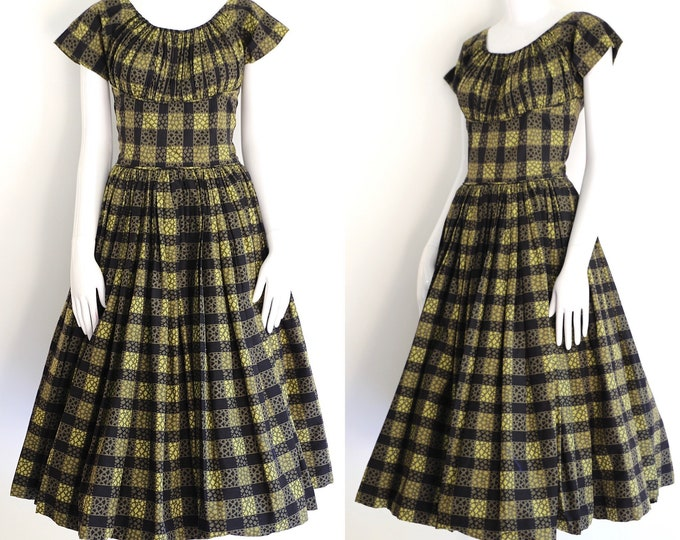 1950s vintage cotton print dress M / vintage 50s novelty check full circle skirt dress sz 8