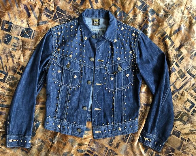 70s LEE gold star studded embellished denim jacket / vintage 1970s custom dark denim vintage sz s-m
