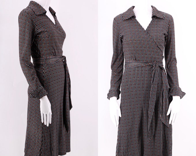 70s HUKAPOO black poly print wrap dress M / 1970s vintage sphere pattern classic dress medium