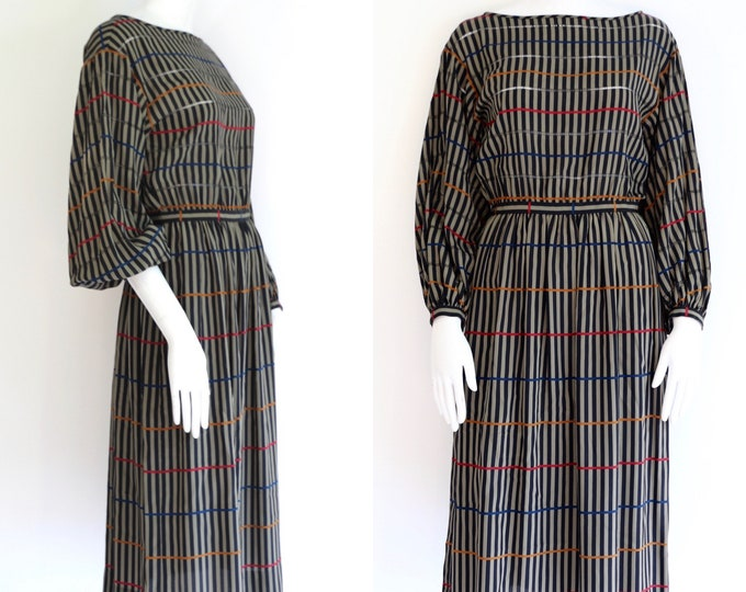 70s ALBERT NIPON silk print summer dress size 4 / 1980s vintage peasant sleeve dress with eyelet