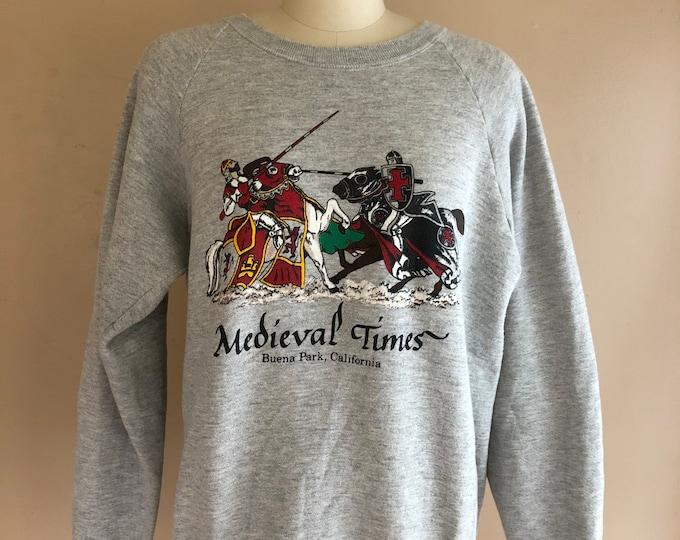 vintage Medieval Times graphic sweatshirt T shirt gray cotton size L