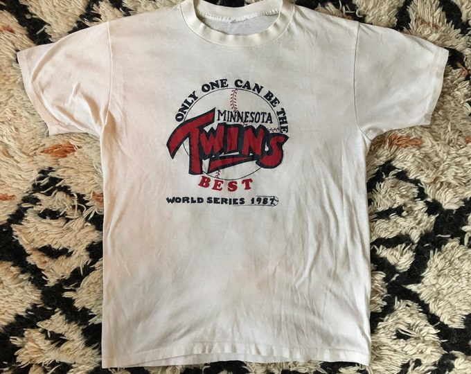 80s Minnesota Twins world series 1987 vintage white t shirt / 1980s sports baseball tee size m