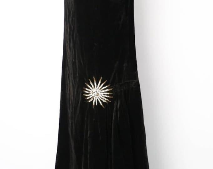 25% OFF 20s STARBURST Art Deco draped black velvet Flapper dress w/ metal rhinestone decoration 1920s vintage antique
