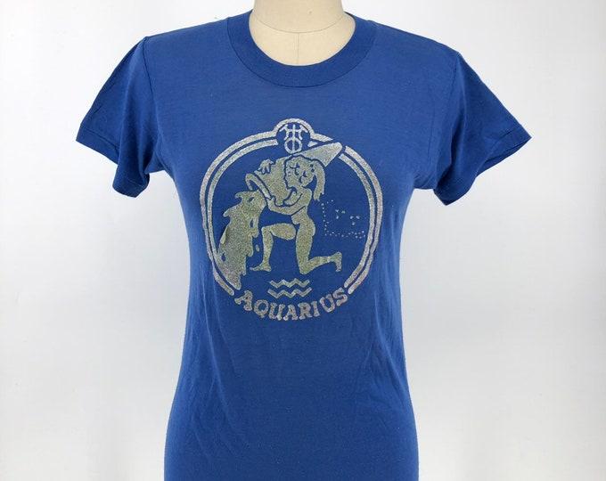 70s AQUARIUS soft blue cotton metallic astrology vintage T SHIRT 1970s size S